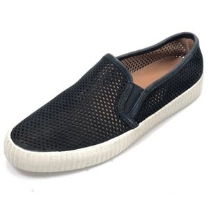 FRYE Black Leather Perforated Slip Ons 8 NEW
